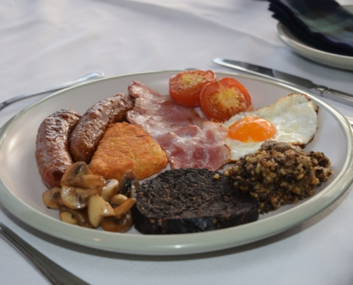 Breakfast selection - cooked breakfast option